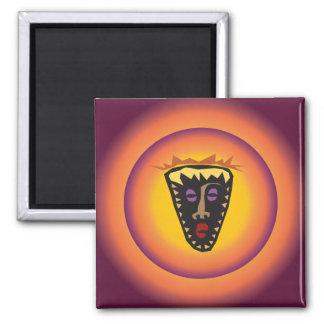 Máscara tribal Sun que brilla intensamente de la c Imán De Frigorifico