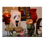 Máscara y estatuillas de Halloween Tarjetas Postales