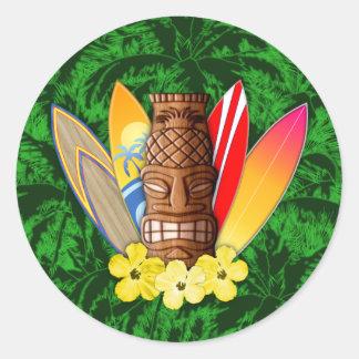 Máscara y tablas hawaianas de Tiki Pegatina Redonda