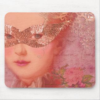 Mascarada del invierno mouse pads