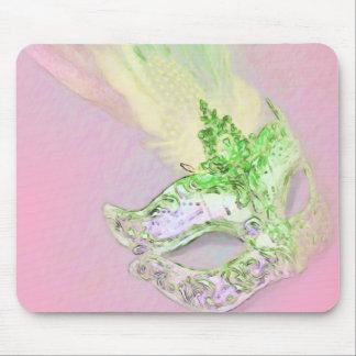 Mascarada del rosa y del verde alfombrillas de ratones