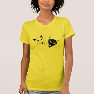 Máscaras del gato del drama camiseta