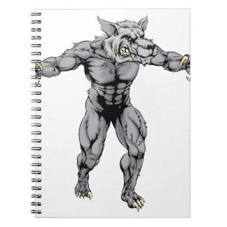 Mascota asustadiza de los deportes del lobo del spiral notebook