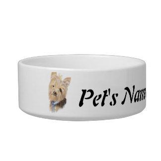 Mascota de encargo de Yorkshire Terrier del nombre Tazón Para Gato
