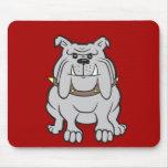 Mascota de los dogos en los regalos rojos del aman tapetes de raton