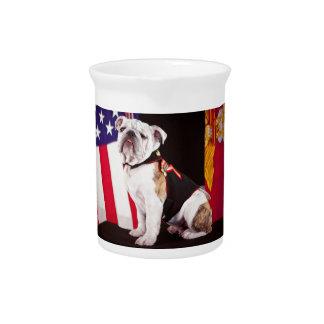 mascota del funcionario de la marina de guerra del jarra para bebida