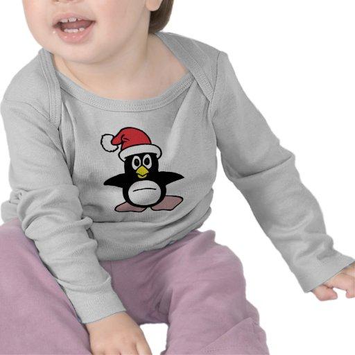 Mascota del pingüino de Santa Camisetas