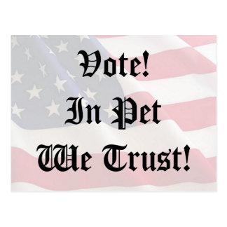 Mascota del voto que confiamos en postal