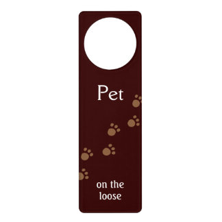 Mascota en el flojo colgantes para puertas