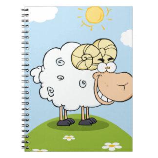 Mascota feliz del dibujo animado del espolón libreta espiral