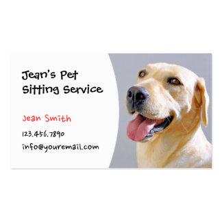 Mascota que sienta al profesional lindo del perro tarjetas de visita