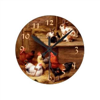 Mascotas del conejo del gallo reloj redondo mediano