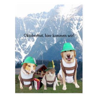 Mascotas divertidos Oktoberfest Tarjeta Postal