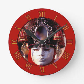 Mask Round Clock