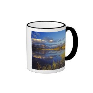 Maskinonge Lake in Waterton Lakes National Park 3 Mugs