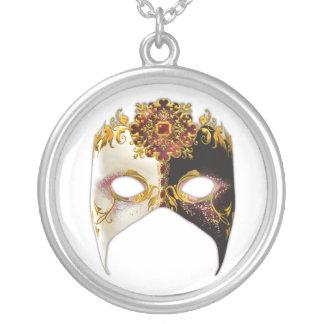 Masque veneciano: Joya de rubíes redonda Colgante Redondo
