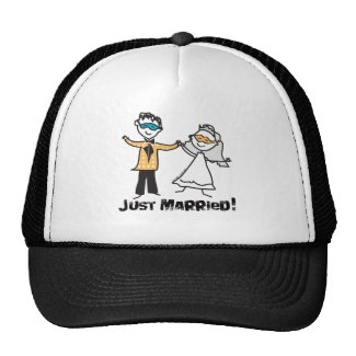Masquerade Just Married hat