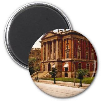 Massachusetts Institute of Technology Magnet