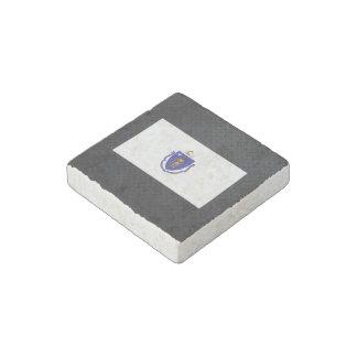 Massachusettsan flag stone magnet