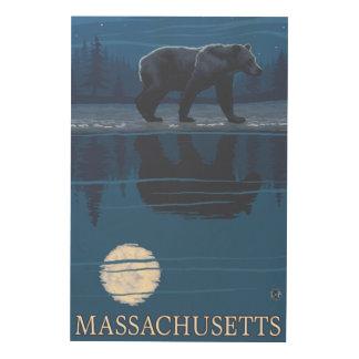 MassachusettsBear en el claro de luna Cuadros De Madera