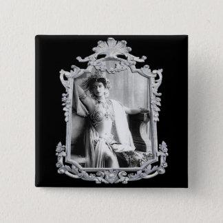 Mata Hari Button