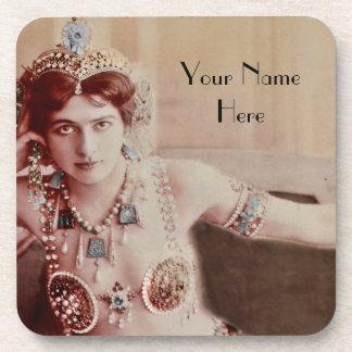 Mata Hari en traje inspirado hindú Posavasos De Bebidas