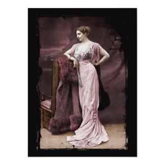 """Mata Hari en vestido del teatro Invitación 5.5"""" X 7.5"""""""
