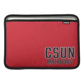 Matadores de CSUN - negro con el esquema gris Funda MacBook