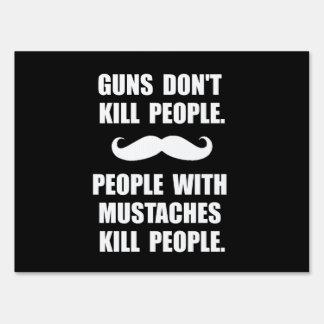Matanza de los bigotes de la gente carteles