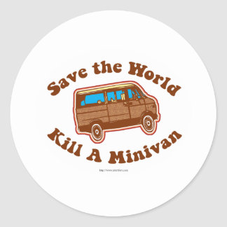 Mate a un minivan pegatina redonda