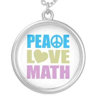 Matemáticas del amor de la paz colgante redondo