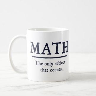 Matemáticas el único tema que cuenta taza básica blanca