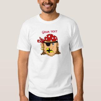 Materia adaptable del pirata del hombre del pirata remera