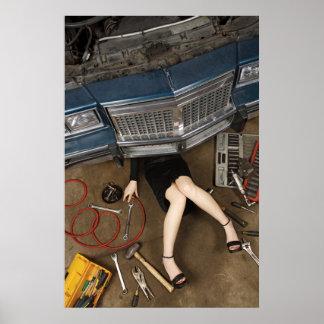 materia femenina de la fijación del mecánico póster