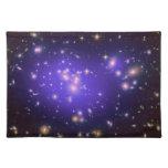 Materia oscura en el racimo Abell 1689 (Hubble T d Mantel
