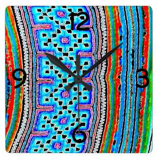 Materia textil de la tribu de la colina (2) reloj cuadrado