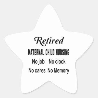 Maternal-niño jubilado no cuidando ningún trabajo pegatina en forma de estrella