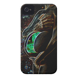 Maternity of the small extraterrestrial android iPhone 4 Case-Mate case