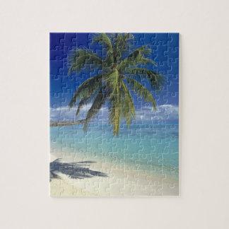 Matira Beach on the island of Bora Bora, Society Puzzle