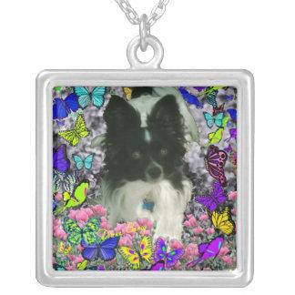 Matisse en las mariposas II - blancas y Papillon n Colgante Cuadrado