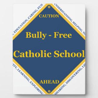 Matón - escuela católica libre placas con foto