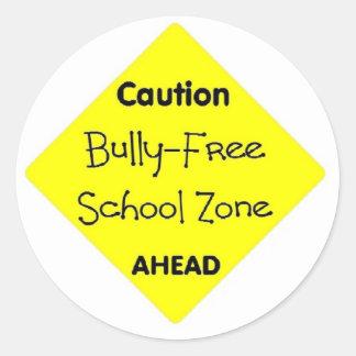 Matón - zona de la escuela libre pegatina redonda