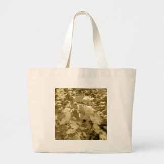 Matsuyama castle and flower and invitation cat tote bag