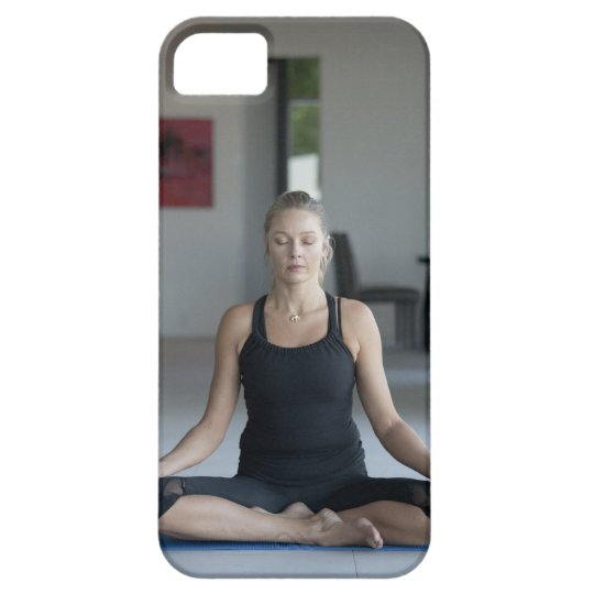 Mature woman practicing yoga iPhone SE/5/5s case