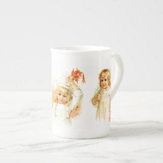 Maud Humphrey: Autumn Girls Tea Cup