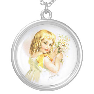 Maud Humphrey: Summer Girl with Daisies Round Pendant Necklace
