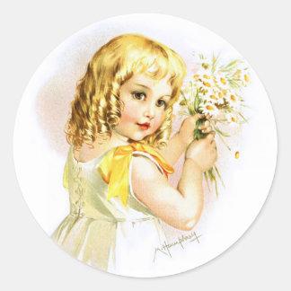 Maud Humphrey: Summer Girl with Daisies Classic Round Sticker