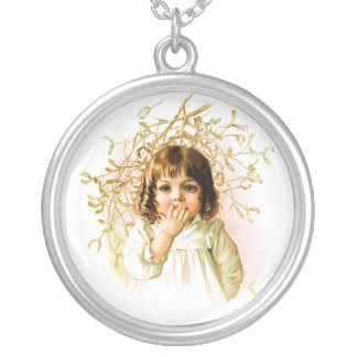 Maud Humphrey: Winter Girl under Mistletoe Round Pendant Necklace