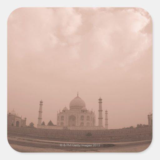 'Mausoleo en la orilla, el Taj Mahal, Agra, 2 Calcomanía Cuadradas Personalizada