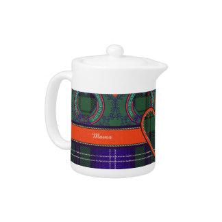 Mavor clan Plaid Scottish kilt tartan Teapot